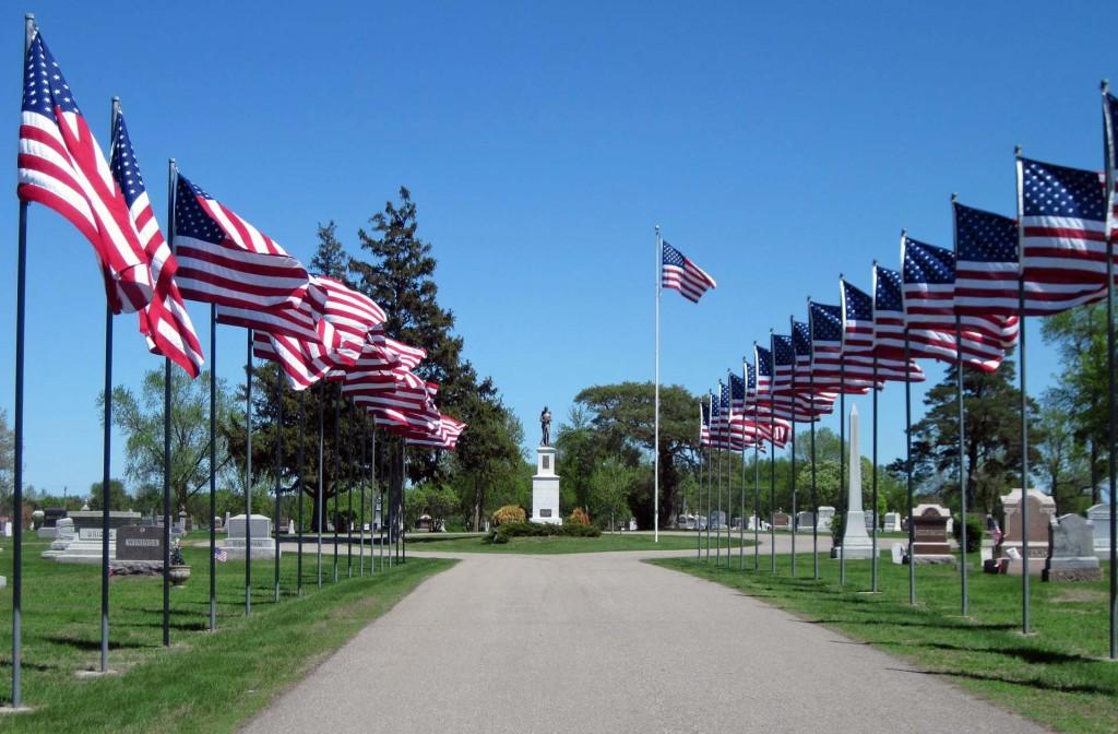 Memorial Day, Flags